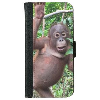 Funda Cartera Para iPhone 6/6s El orangután agita hola en la selva de Kalimantan