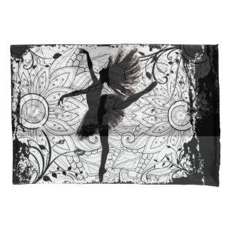 Funda de almohada de la bailarina