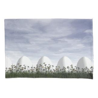 Funda De Cojín Huevos de Pascua en naturaleza por día nublado -