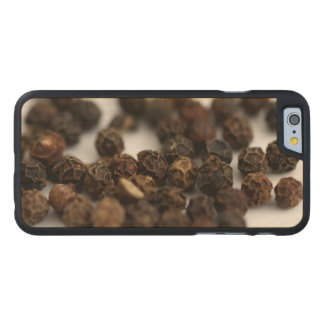 Funda Fina De Arce Para iPhone 6 De Carved Pimienta negra