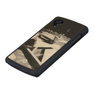 Funda Fina De Arce Para Nexus 5 De Carved La fuente