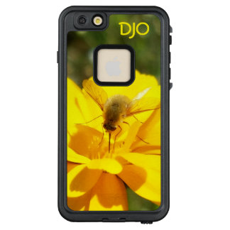 Funda FRÄ' De LifeProof Para iPhone 6/6s Plus Mosca de abeja del Bombyliidae en escena amarilla