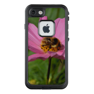 Funda FRÄ' De LifeProof Para iPhone 7 Abeja ocupada en Cosmo