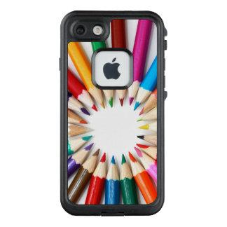 Funda FRÄ' De LifeProof Para iPhone 7 Arco iris de lápices coloreados artistas