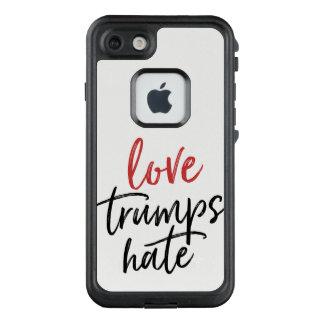 Funda FRÄ' De LifeProof Para iPhone 7 Los triunfos del amor odian la escritura