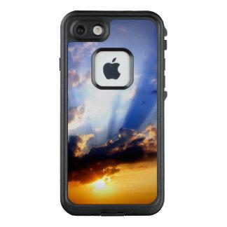 Funda FRÄ' De LifeProof Para iPhone 7 Puesta del sol con las nubes, cielo hermoso