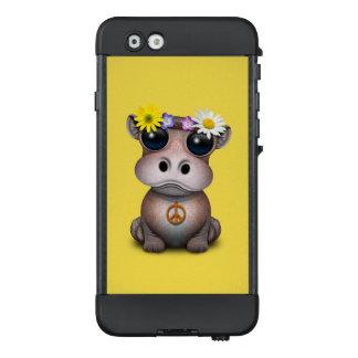 Funda NÜÜD De LifeProof Para iPhone 6 Hippie lindo del hipopótamo del bebé