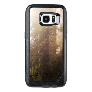 Funda OtterBox Para Samsung Galaxy S7 Edge Árboles de la secoya en niebla de la mañana con