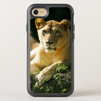 Funda OtterBox Symmetry Para iPhone 8/7 Leones