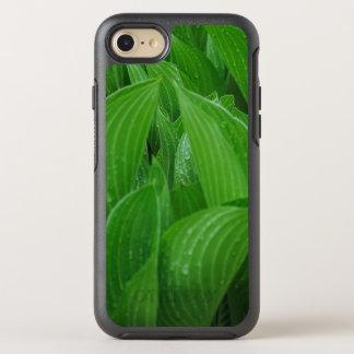 Funda OtterBox Symmetry Para iPhone 8/7 Nuevas hojas del Hosta con las gotas de agua