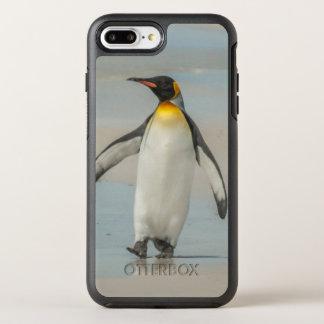 Funda OtterBox Symmetry Para iPhone 8 Plus/7 Plus Pingüino que camina en la playa