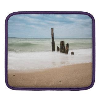 Funda Para iPad Groynes en la orilla del mar Báltico