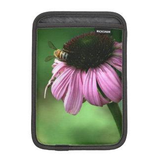 Funda Para iPad Mini Abeja en la flor