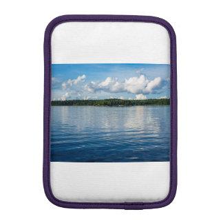 Funda Para iPad Mini Archipiélago en la costa de mar Báltico en Suecia