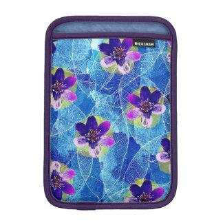 Funda Para iPad Mini Estampado de flores artsy púrpura y azul lindo