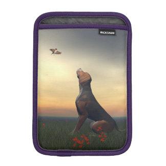 Funda Para iPad Mini Perro negro del moreno que mira un vuelo del