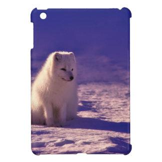 Funda Para iPad Mini Un Fox ártico en Noruega