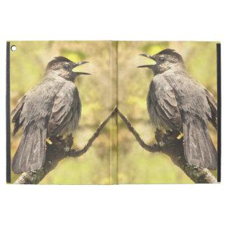 "Funda Para iPad Pro 12.9"" Catbirds grises del canto iPad de Powis favorable"