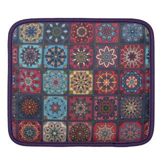 Funda Para iPad Remiendo del vintage con los elementos florales de