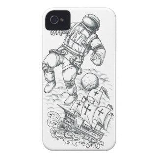 Funda Para iPhone 4 Astronauta atado al tatuaje de Caravel
