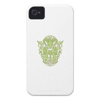 Funda Para iPhone 4 De Case-Mate Nudo del Celtic del escudo de armas del árbol del
