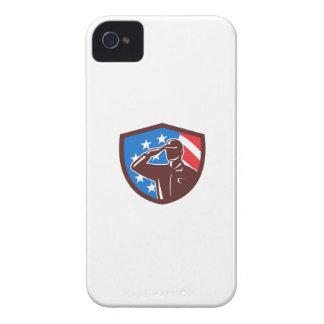 Funda Para iPhone 4 De Case-Mate Soldado americano que saluda el escudo de la