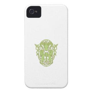 Funda Para iPhone 4 Nudo del Celtic del escudo de armas del árbol del