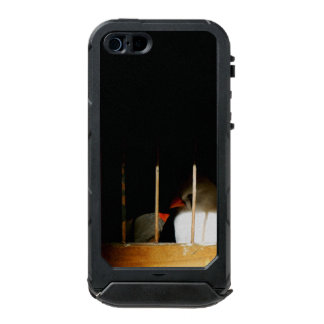 Funda Para iPhone 5 Incipio ATLAS ID Dos pájaros del pinzón detrás de barras