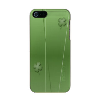 Funda Para iPhone 5 Incipio Feather Shine Diseño irlandés del trébol