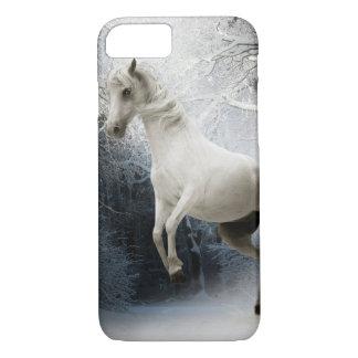 Funda Para iPhone 8/7 Caballo blanco en un bosque nevoso Iphone 8/7 caso