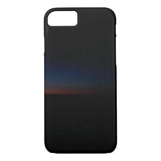 Funda Para iPhone 8/7 Luces de la ciudad en la puesta del sol de un