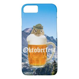 Funda Para iPhone 8/7 Montañas lindas de Oktoberfest del Chipmunk