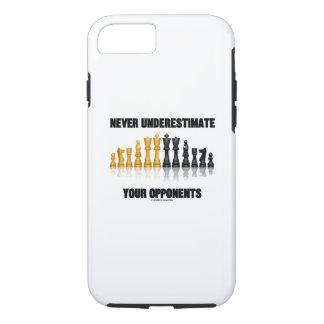 Funda Para iPhone 8/7 Nunca subestime su actitud del ajedrez de los
