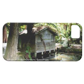 Funda Para iPhone SE/5/5s Boathouse - jardines de Alfred Nicholas