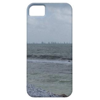 Funda Para iPhone SE/5/5s Costa de la playa con los veleros en el horizonte