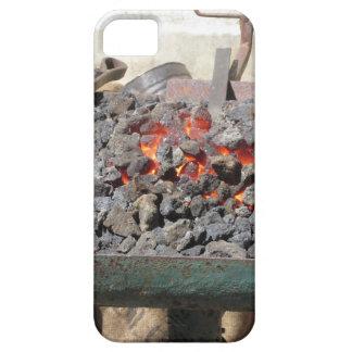 Funda Para iPhone SE/5/5s Horno pasado de moda del herrero. Carbones