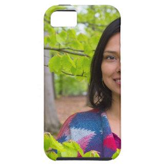 Funda Para iPhone SE/5/5s Mujer del retrato con las hojas del verde en