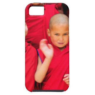Funda Para iPhone SE/5/5s Pequeños monjes en trajes rojos