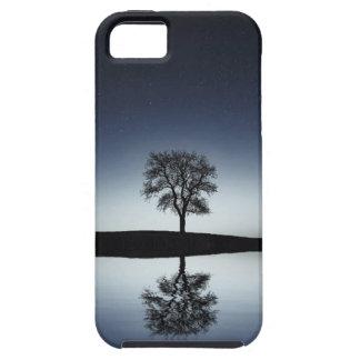 Funda Para iPhone SE/5/5s Reflexiones en una caja del teléfono del lago