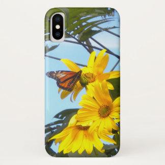 Funda Para iPhone X Mariposa de monarca en el girasol amarillo