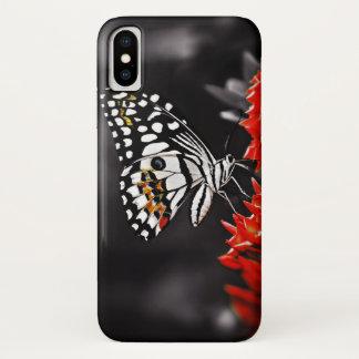Funda Para iPhone X Mariposa en las flores rojas