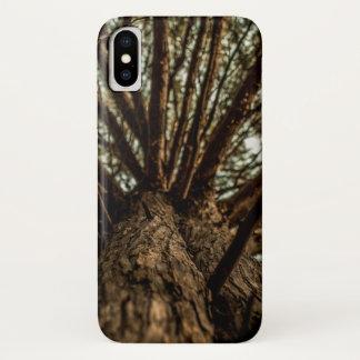 Funda Para iPhone X Mirada a través de ramas