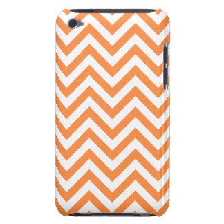 Funda Para iPod El zigzag anaranjado y blanco raya el modelo de