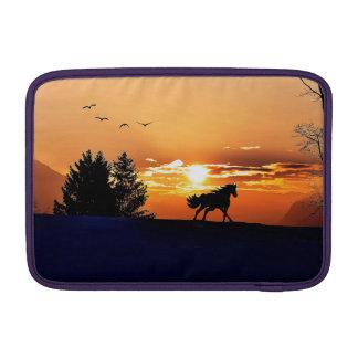 Funda Para MacBook Air caballo corriente - caballo de la puesta del sol -
