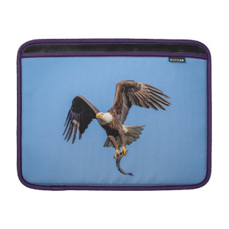 Funda Para MacBook Air Eagle calvo con un pescado