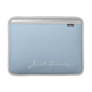 Funda Para MacBook Air Guarde la calma y baile en azul claro