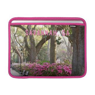 Funda Para MacBook Air Sabana GA en azaleas del rosa del parque de la