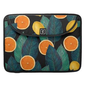 Funda Para MacBook negro de los limones y de los naranjas