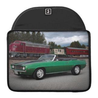 Funda Para MacBook Pro Coche clásico convertible 1969 de Chevy Camaro