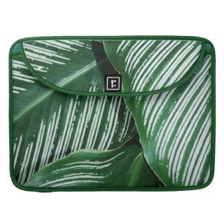 Funda Para MacBook Pro Las hojas del verde con blanco rayan el primer
